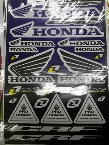 Наклейки на мотоцикл хонда купить
